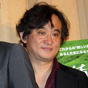 俳優・映画監督の塩屋俊さん、急逝 56歳 舞台稽古中に倒れる