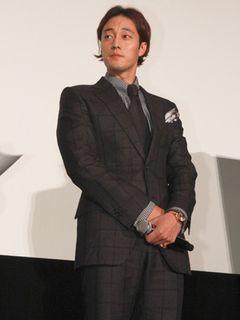 """韓流スターのソ・ジソブ、理想の結婚相手は""""言葉が通じる人""""!?会場からの笑いに慌てて訂正!"""