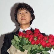 """上川隆也、初主演作に赤いバラ!武田真治からの""""怪しい告白""""に苦笑"""