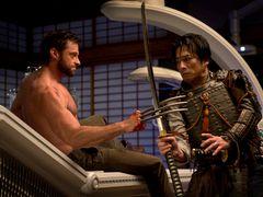 ヒュー・ジャックマンが日本で大暴れ!『ウルヴァリン』最新予告編が公開