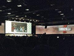 ハリウッド版新『ゴジラ』映像がコミコンで上映!渡辺謙のクローズアップに会場から拍手!
