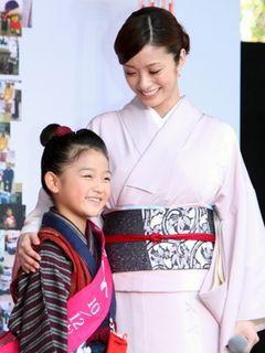 上戸彩、平成のおしんを「尊敬する大女優」と絶賛!
