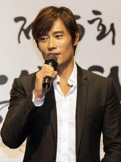 大鐘賞映画祭広報大使イ・ビョンホン「もっと公正な映画祭にならなければ」<韓国JPICTURES>