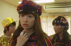 AKB48小嶋陽菜、初センターは「大人な部分」を意識!ジャケット&MVが公開