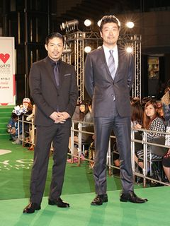 EXILEのMATSUが東京国際映画祭グリーンカーペットに登場!
