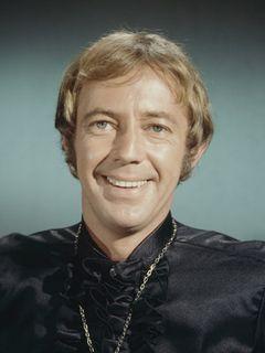 歌手・俳優のノエル・ハリソンさんが死去 『華麗なる賭け』の主題歌がオスカーを受賞
