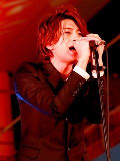 三浦翔平、窪田正孝らが結成したバンドCRUDE PLAYが3,500人の観客の前でお披露目ライブ!!