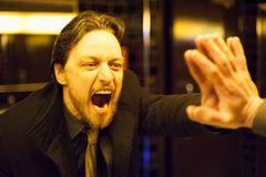 ジェームズ・マカヴォイ、腐りきった最低男役で新境地を開く!