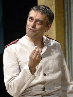 『007/カジノ・ロワイヤル』出演の英俳優、自己破産申告後に自殺