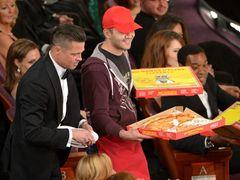 アカデミー賞会場に配達したピザ屋、10万円の高額チップ受け取る