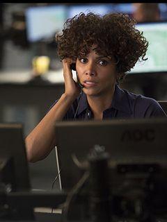 映画『ザ・コール [緊急通報指令室]』の題材となった911とは?