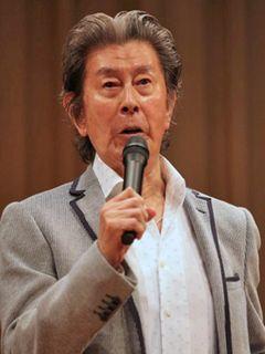 宇津井健さん死去 慢性呼吸不全のため 82歳 「赤い」シリーズなど