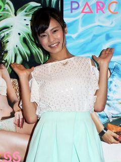 小島瑠璃子、「こじはる」と間違われ笑顔でツッコミ