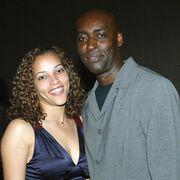 米俳優「妻を撃った」と警察に通報 妻殺害の容疑で逮捕