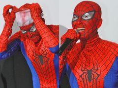 岡本夏生が「スパイダーマン」フェイスペインティングを生披露!会場は大喝采