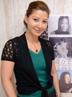 元日本赤軍リーダーを母に持つ重信メイ、うそで固めた日々の苦しさを告白