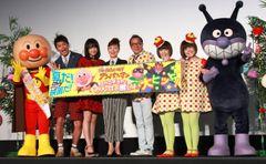 やなせ先生の遺志を受け継ぎ…今年の初日は戸田恵子・井上真央らが大合唱!