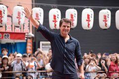 トム・クルーズ主演作、日本で合計興収1,000億円を突破!アリガトウ、ジャパン!