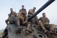 ドイツ大軍VS.兵士5人!ブラピ主演映画『フューリー』が11月に公開!