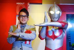 「ウルトラマン」大好き宮川大輔、3歳の息子と遊ぶときはバルタン星人役!