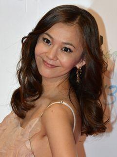華原朋美、ツイッターで過激入浴写真を公開!40歳の美くびれに絶賛の声!