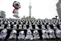 2,000体のスヌーピーが上海で展示