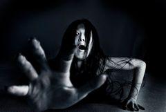 『呪怨』伽椰子を呼べる!最恐の怨霊と一緒にハロウィーンパーティー!