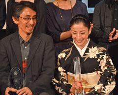 吉田大八監督、宮沢りえとのハグエピソードに照れ笑い