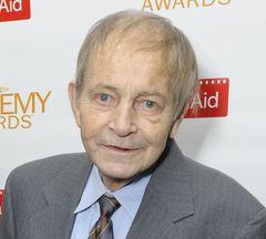 『ブルーベルベット』のジョージ・ディッカーソンさん、81歳で死去