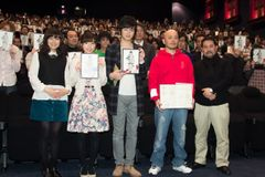 『シドニア』声優の逢坂良太&洲崎綾、声優アワード新人賞に観客から祝福!