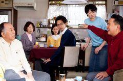 山田洋次監督『家族はつらいよ』、喜怒哀楽を詰め込んだ家族会議カット公開!