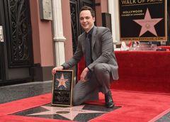 「ビッグバン★セオリー」のジム・パーソンズ ハリウッドの星を獲得