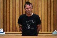 AC/DCドラマー、脅迫および覚せい剤所持の罪を認める