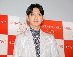 松田翔太、秋元梢との熱愛報道に触れず 恋愛相談に「ニュースが不安」