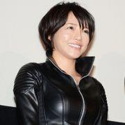 釈由美子、鍛え過ぎてボディーがライザップ化!