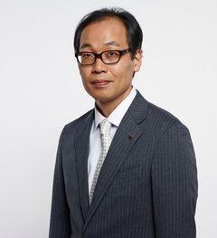正名僕蔵、映画『HERO』で吉田羊演じる馬場検事と急展開!?