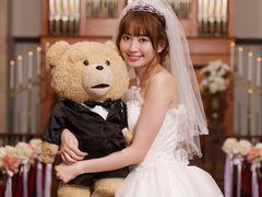 """""""花嫁""""小嶋陽菜、中年テディベアと結婚したい!テッドもふもふファンクラブ代表に"""