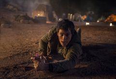 脱出成功率0%!『メイズ・ランナー』第2弾、砂漠の無間地獄映像公開