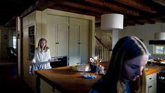 おばあちゃんが孫をオーブンに閉じ込める…シャマラン監督狂気の新作