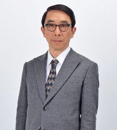 段田安則、おカタイ役人イメージに悩み「たまには弾けたい」
