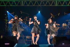吉高由里子、近藤春奈、森カンナの仲良し3人組がPerfumeを完コピ!本家も絶賛