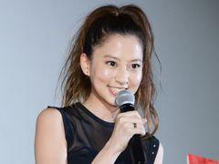 3代目白鳥麗子の河北麻友子、「おーほほほほほほ!」に大苦戦