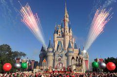 米ディズニー、警備を強化 フロリダ銃乱射