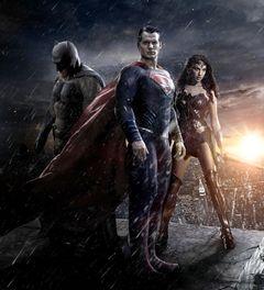 赤&青じゃない!『ジャスティス・リーグ』のスーパーマンスーツは真っ黒に?