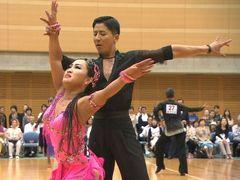 キンタロー。社交ダンス日本代表に 来年秋の世界選手権に出場