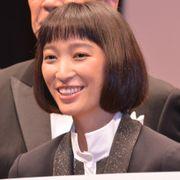 杏、初主演映画の会見でベテラン俳優陣をビシっと仕切る!