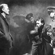 ジェームズ・ボンドと真逆の世界観!ジョン・ル・カレ映画の魅力『寒い国から帰ったスパイ』(1965年)