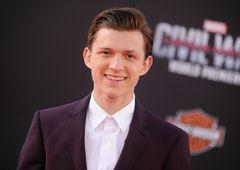 新スパイダーマン俳優、マーベルのインスタで自分の出演決定を知る