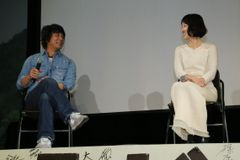 1996年『月とキャベツ』真田麻垂美が女優業復帰を報告!山崎まさよしとのツーショット!