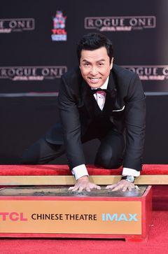 宇宙最強ドニー・イェン、ハリウッドに手形を刻む!フォースは私と共に!